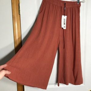 Pants - Pants Capri length linen